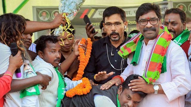 झारखंड विधानसभा चुनाव: जेएमएम और कांग्रेस को स्पष्ट बहुमत, BJP ने स्वीकारीहार