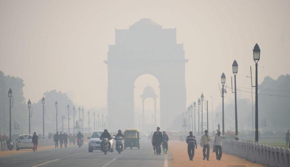 दिल्ली में कड़ाके की ठंड, पिछले 22 सालों का रेकॉर्डटूटा